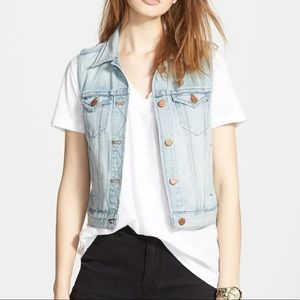 Madewell Light Wash Denim Vest   Size: XS   Soft